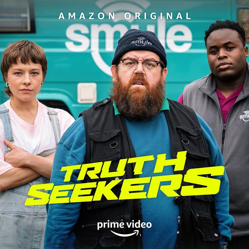 Truth Seekers su Prime Video: basta una risata per scacciare i fantasmi