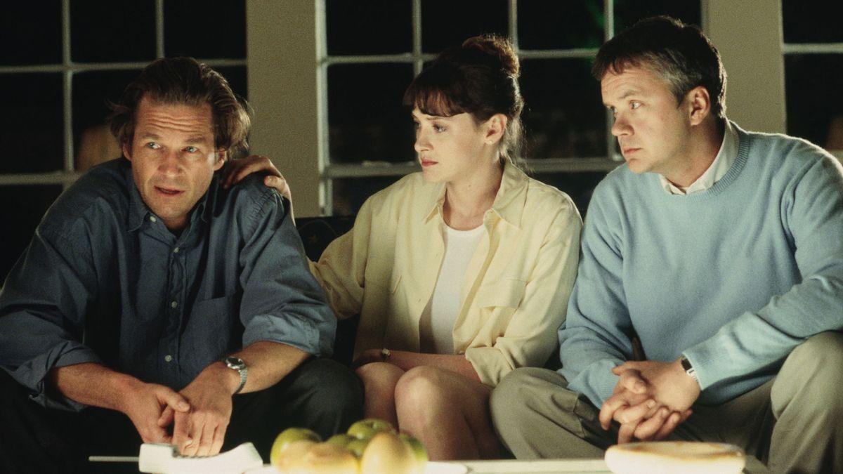 Arlington Road – L'inganno, trama e trailer del film in onda sabato 15 agosto su Iris