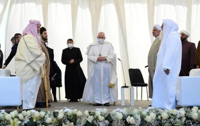 Speciale TG5, la Santa Messa di Papa Francesco in Iraq oggi su Canale 5