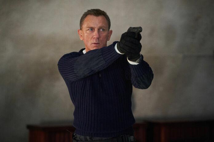 scena da No Time To Die con Daniel Craig