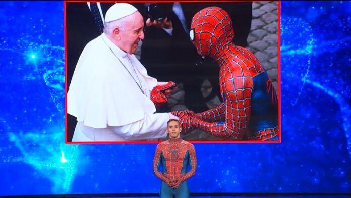 Tu si que vales spiderman
